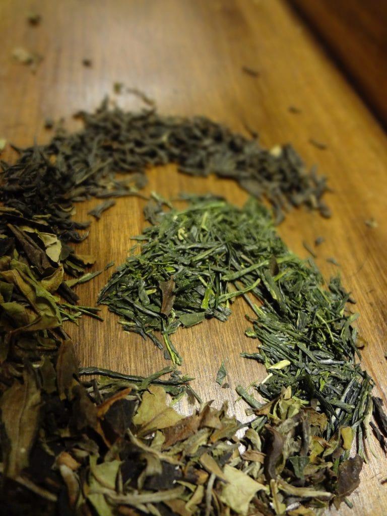 loose leaf tea leaves