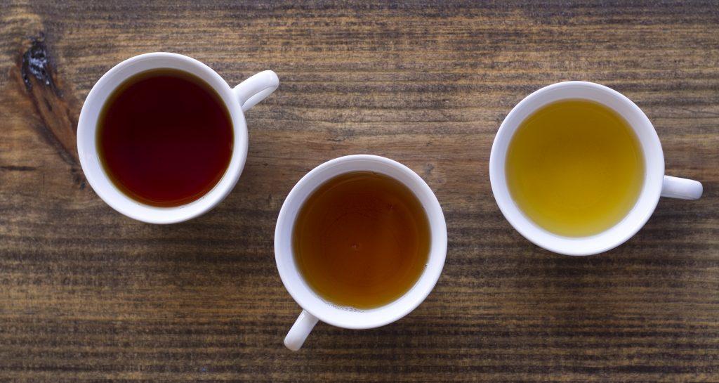tea cups wood oolong green tea