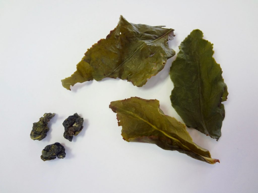 oolong before and after tea leaf